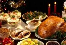 贺卡祝福语大全:开心过周六,吃喝扫烦忧。一份快乐肉,美味去忧愁;一盘好运菜,逍遥更自在;一盆健康汤,保你心情畅。再添一碗平安饭,幸福长相伴。